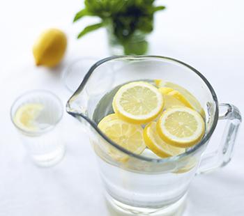 Вода с лимоном – польза для здоровья