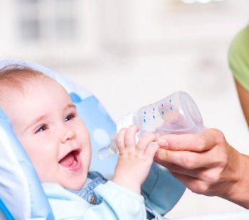как приучить ребенка к воде